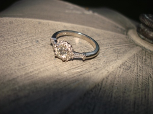 engagement ring, gold, diamonds