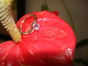 14 kt gold, oval amethyst stone, anniversary ring